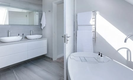 Bien décorer une salle de bain