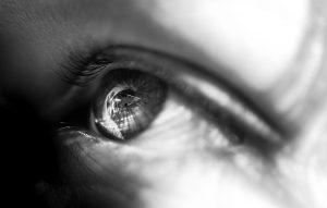 démaquiller ses yeux sans abîmer ses cils
